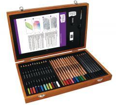 Set creioane, in cutie lemn, 35 piese/set, Derwent Academy
