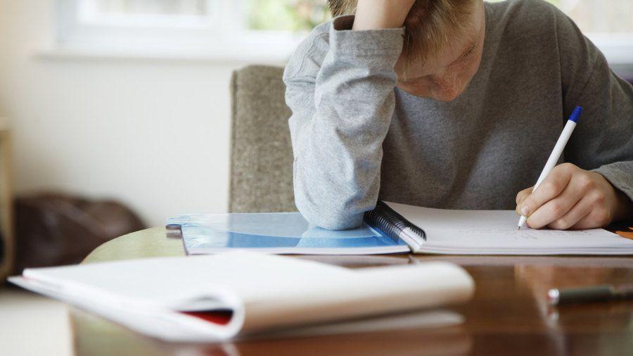 Cum aleg caietul potrivit pentru scoala sau birou?-Ghid complet